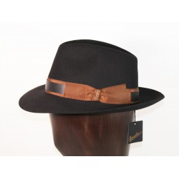 Borsalino in black felt...
