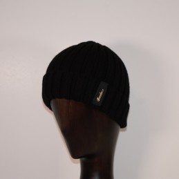 Borsalino cap in black...