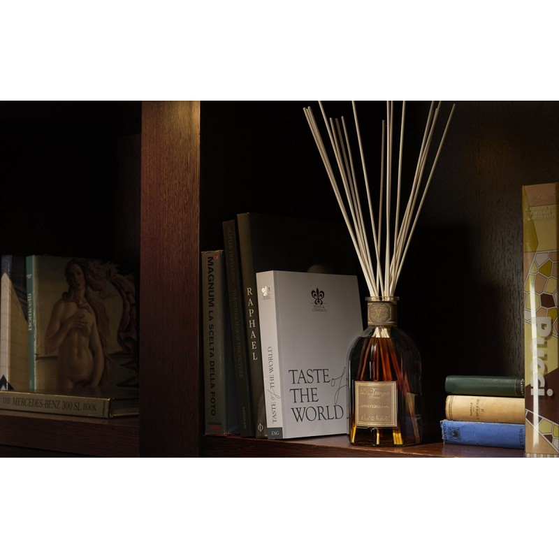 dr vranjes firenze parfum d 39 interieur oud nobile 500 ml avec batonnets. Black Bedroom Furniture Sets. Home Design Ideas