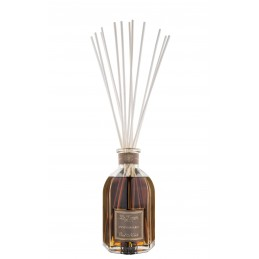 Oud Nobile room diffuser...